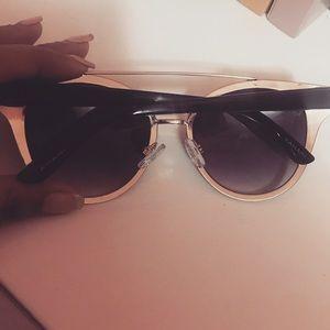 Tahari Accessories - Tahari Cat Eye Sunglasses